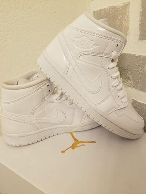 Jordan 1 size 6.5 brand new in box dead stock hard for Sale in Pasadena, CA