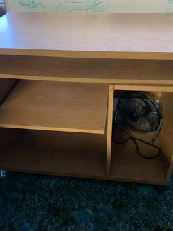 Little Computer Desk for Sale in Washougal,  WA