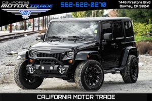 2013 Jeep Wrangler Unlimited for Sale in Downey, CA