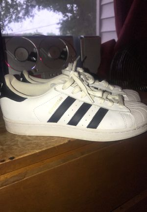 Adidas shoes size 8 1/2 women's for Sale in Columbus, OH