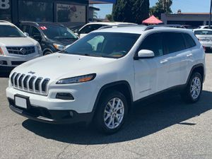 2014 Jeep Cherokee Latitude Titulo limpio, clean title, 2.4L V4 16 Valve 180HP, Miles 158k, Auxiliary , Bluetooth USB IPod/🚩FINANCE AVAILABLE🚩 for Sale in Downey, CA