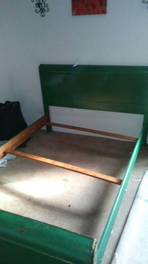 A Full size bed frame(painted green). for Sale in Roanoke, VA