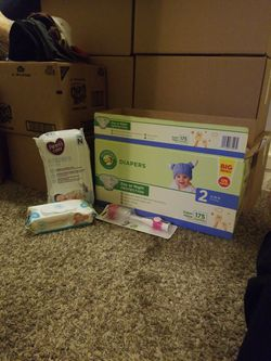 Box Of Unopened Diapers for Sale in Oregon City,  OR