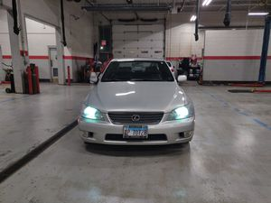 01 Lexus is300 for Sale in Oak Lawn, IL