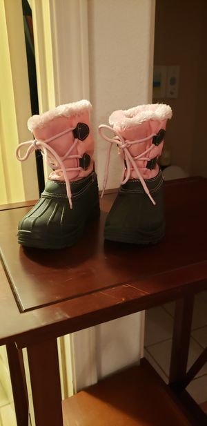 GIRLS SIZE 9 SNOW BOOTS. for Sale in Rocklin, CA