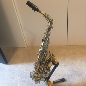 Saxophone Selmer alto sax for Sale in Everett, WA