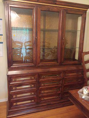 Antique China cabinet -forest park ga for Sale in GILLEM ENCLAVE, GA
