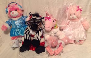 Various BuildaBear plushies with outfits and accessories for Sale in Smyrna, TN