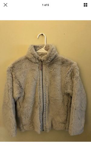 Patagonia Girls fur jacket for Sale in Torrance, CA