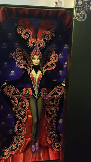 Countess Dracula Collectable Barbie by Bob Mackie Excellent Condition NIB for Sale in Long Beach, CA