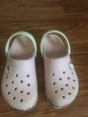 Pink HELLO KITTY from CROCS for Sale in Smyrna, TN