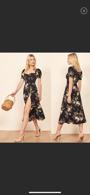 NWT Reformation Lacey Dress Size 10 for Sale in Auburn, WA