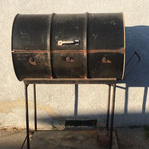 Charcoal BBQ pit for Sale in Carson, CA