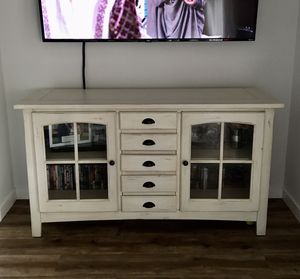 TV Console/Table for Sale in Temecula, CA