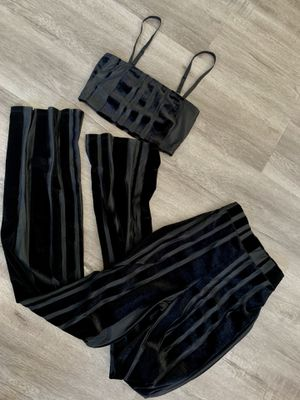 Pants Set size Small for Sale in Compton, CA