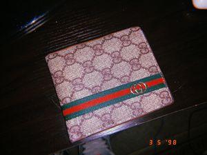 Men's Gucci Wallet for Sale in Bristow, VA