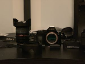 SAMSUNG NX300 20.3MP LENSE 18-55 OIS iphone Android system in very good condition for Sale in Fair Lawn, NJ