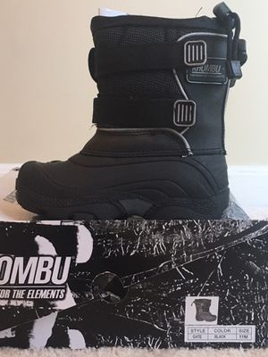 """Kids snow boots size """"11"""" for Sale in Bowie, MD"""