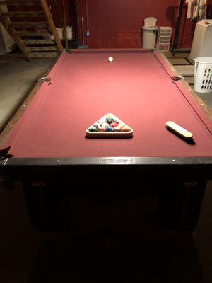 1913 Brunswich-Balke Callender Antique Medalist Pool table. Condition is Used. Local pickup only. for Sale in Pittsburgh, PA