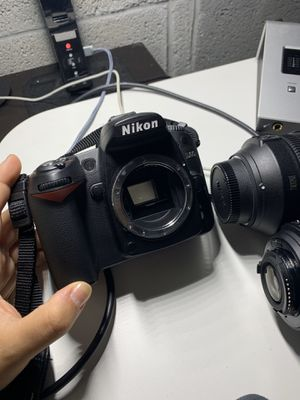 Nikon D90 DX-Format CMOS DSLR Camera (Body Only) for Sale in Miami Beach, FL