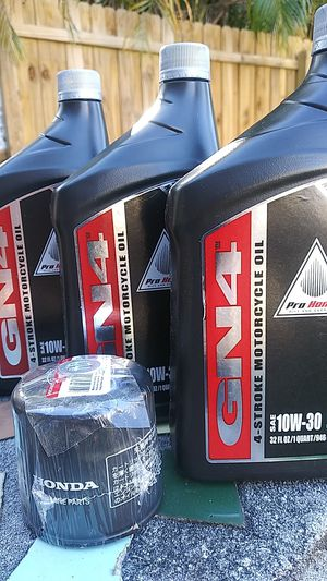 Honda oil and filter for Sale in St. Petersburg, FL