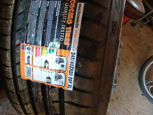Tire and wheels for Sale in Lawn, TX