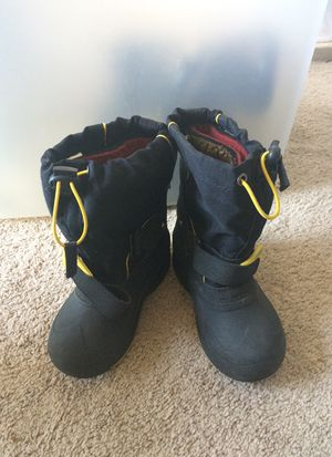 Kids size 10 Kamik winter/waterproof boots for Sale in Los Angeles, CA