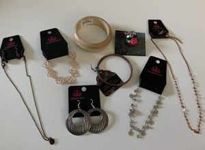 8 pcs Jewelry Lot for Sale in Orlando, FL