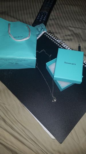 TIFFANY NECKLACES WITH CROWN for Sale in Washington, DC