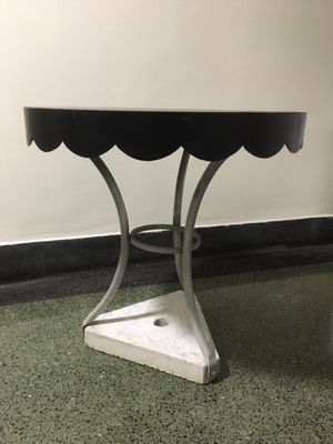 Outdoor concrete base patio table 24 inches high. Metal construction.. heavy duty..hole for Umbrella for Sale in New York, NY