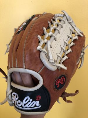 Rolin Pro baseball glove new condition quality leather equipment bat for Sale in Los Angeles, CA