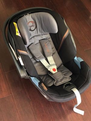 Aton 5 infant car seat for Sale in Hanover, MD