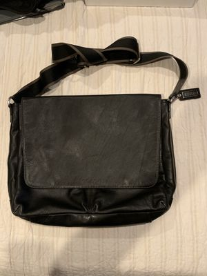 Coach messenger bag for Sale in Irvine, CA