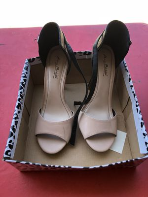 Women's Size 8 Heel for Sale in Dallas, TX