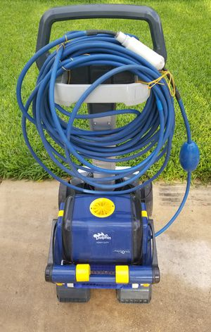 Dolphin Robotic Pool Cleaner & Caddy for Sale in San Antonio, TX