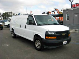 2018 Chevrolet Express Cargo Van, like new. for Sale in San Diego, CA