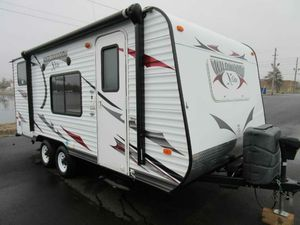 2013 Forest River Wildwood X-Lite 181BHXL for Sale in Melbourne, FL