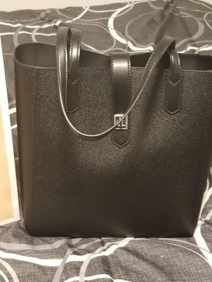 Michael Kors Black Tote Bag with Tags for Sale in Lakewood, CA