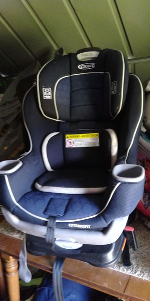 Toddler car seat expires 2024 for Sale in Colorado Springs, CO