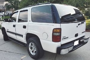 SAVE $$$$ 2003 CHEVY TAHOE *FANCY WHITE COLOR* for Sale in Santa Rosa, CA