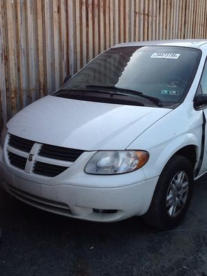 2003 Dodge caravan-white PARTS ONLY for Sale in Philadelphia, PA