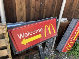 Macdonalds signs with stands for Sale in Rowlett, TX