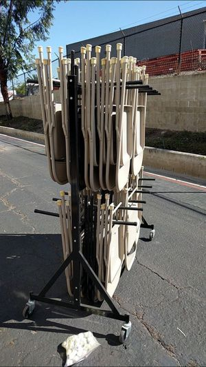 NICE CONDITION CHAIR RACK STORAGE W/ WHEELS AND (10)FOLDABLE CHAIRS for Sale in San Diego, CA