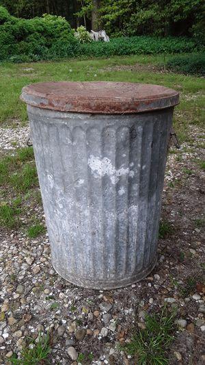 Vintage trash can for Sale in Newark, MD