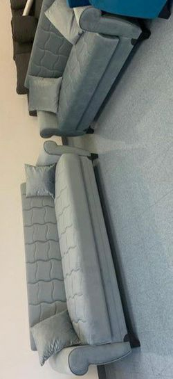 SPECIAL] Blossom Gray Sleeper Sofa & Loveseat for Sale in Pflugerville,  TX