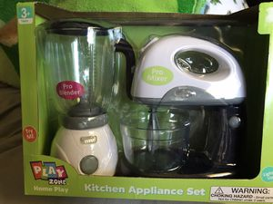 Kitchen appliance set for Sale in Tacoma, WA