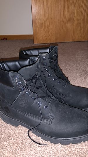 Size 11.5 timbs for Sale in Apple Valley, MN