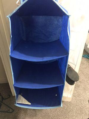 Small closet organizer for Sale in Fresno, CA