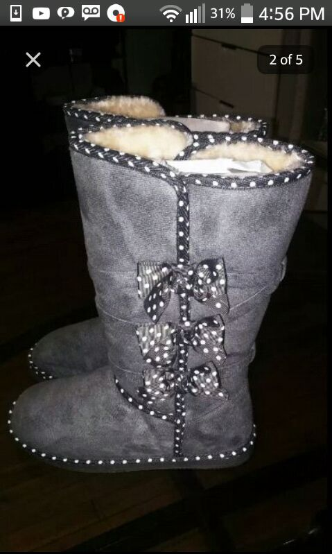 f0902974c64 BRAND NEW FROM JUST FAB UGG BOOTS for Sale in Lynn, MA - OfferUp