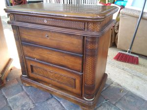 2 solid wood nightstands for Sale in Bartow, FL